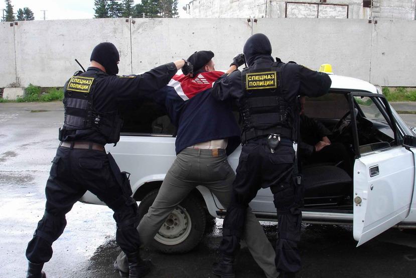 В Таганроге многодетного отца осудили на 10 лет за торговлю амфетамином